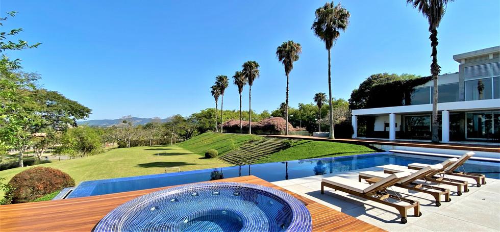 Casa a venda condominio quinta da baroneza (1).JPEG