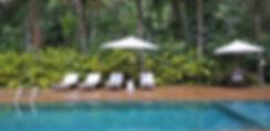 Casa Pé na Areia no Condomíno Iporanga - Praia das Conchas