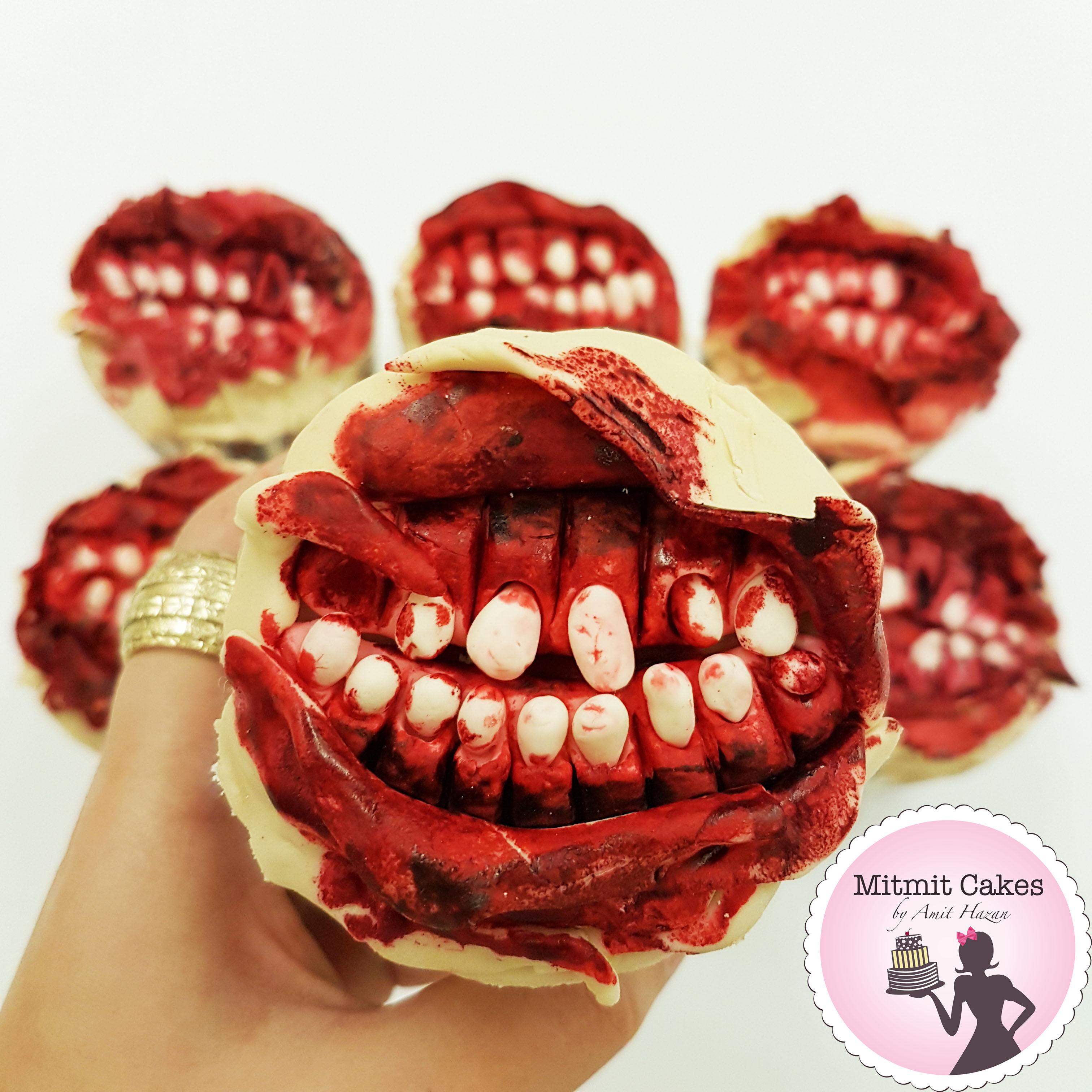 קאפקייקס שיניים מדממות-אימה