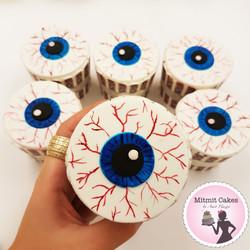 קאפקייקס עין - אימה