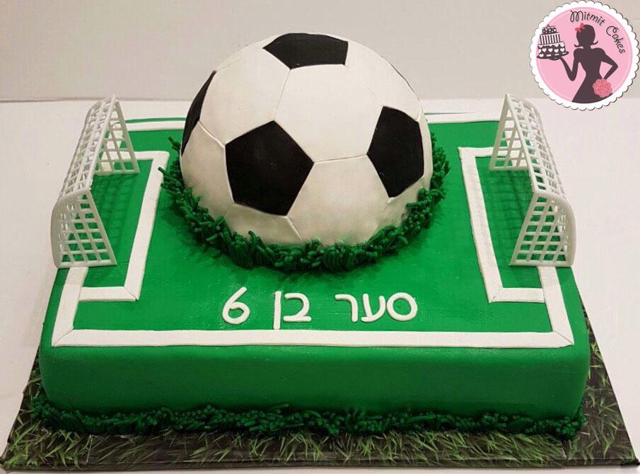 עוגת מגרש כדור-רגל