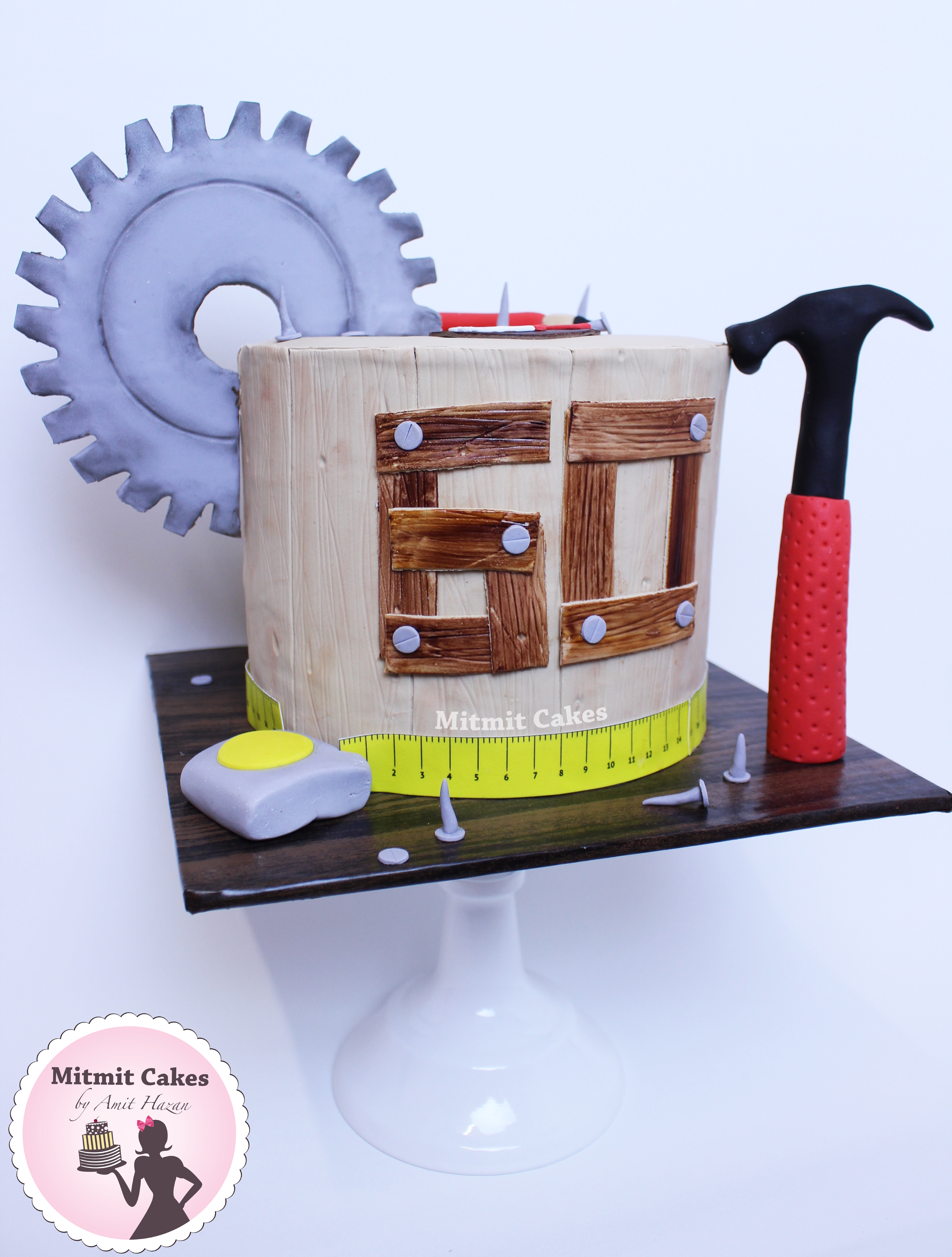 עוגה כלי עבודה