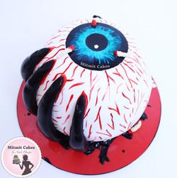 עוגה בקונספט אימה