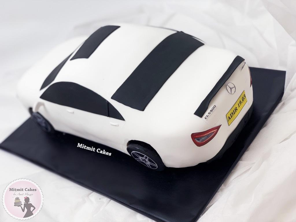 עוגת בצורת רכב
