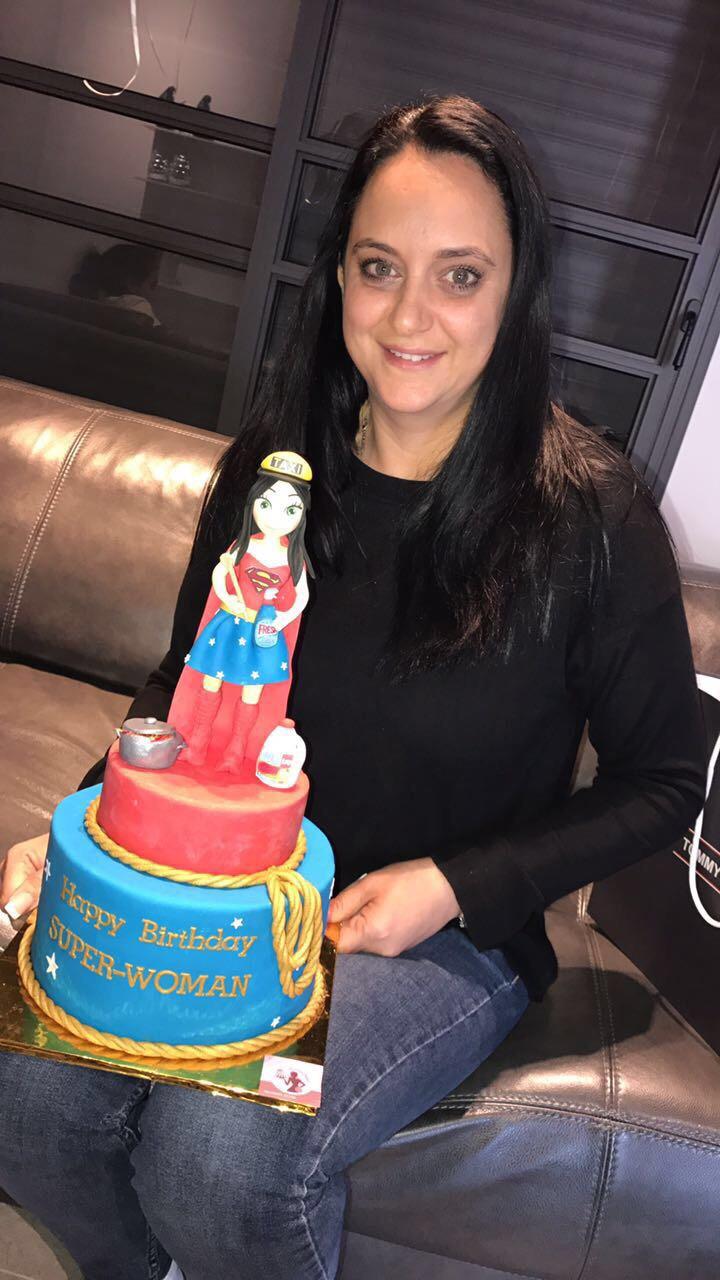 עוגת סופר אמא עם פיסול דמות !