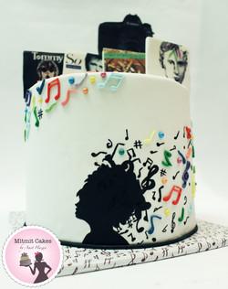 עוגת מוזיקה עם תווים