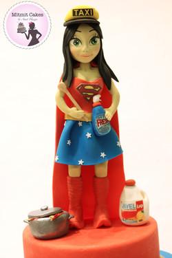 Superwoman -עוגה לסופר וומן