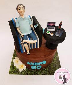 עוגה עם פיסול דמות לפי תמונה