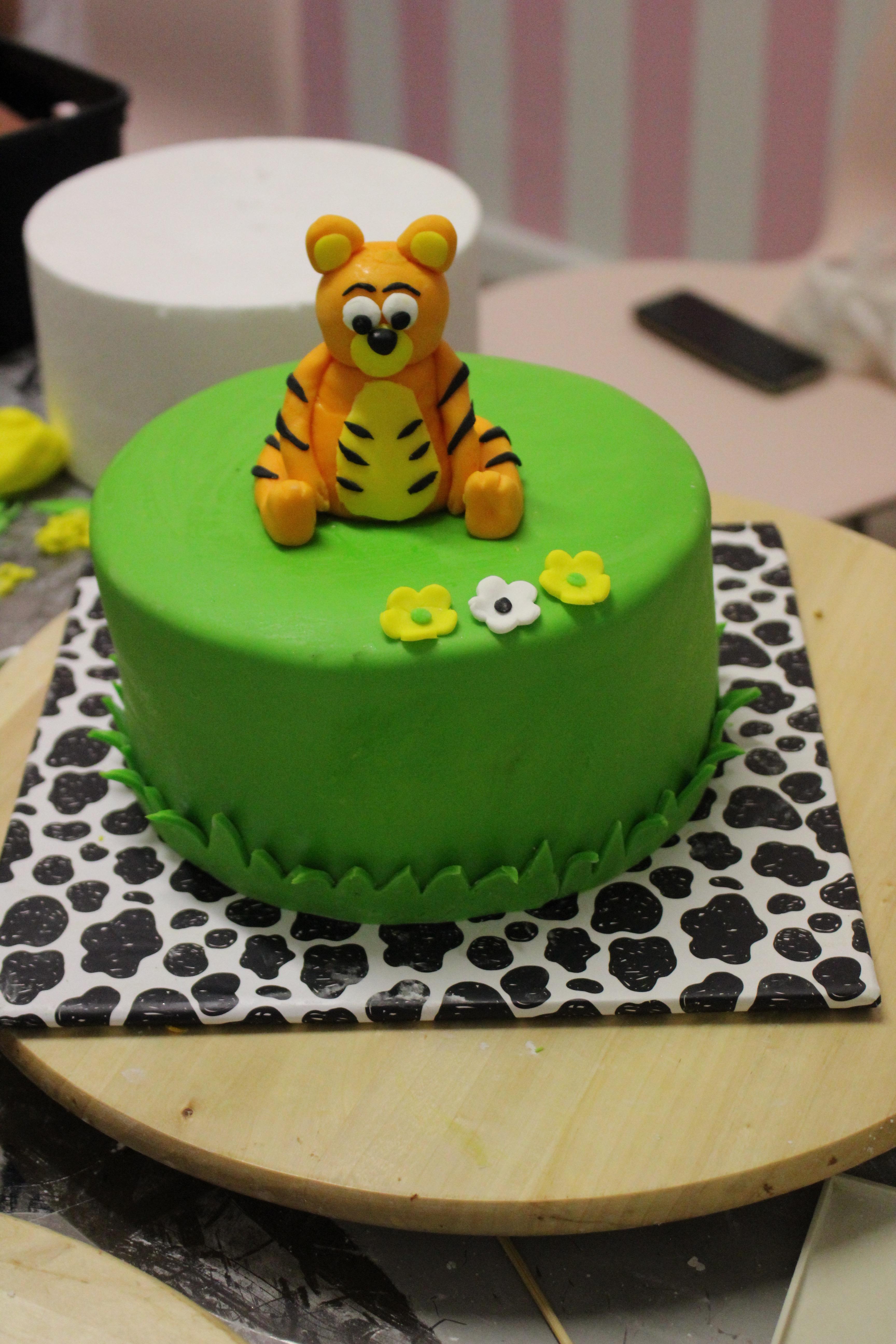 סדנה לעיצוב עוגות בראשון לציון