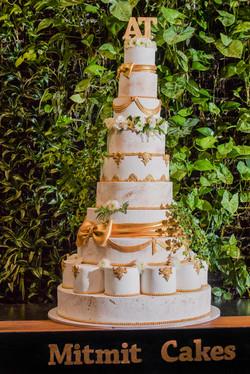 עוגת חתונה ענקית