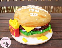 עוגת המבורגר