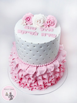 עוגה קלאסית לבת מצווה