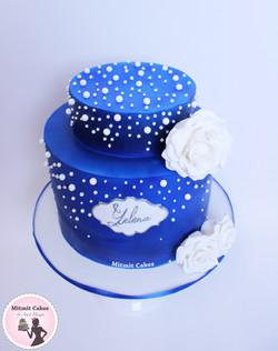 עוגת יום הולדת עדינה