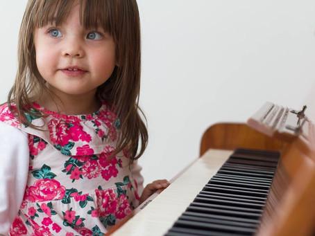 Três motivos para uma criança aprender música!