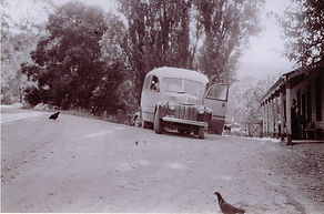 Hec's Mail Bus Kevy (50%).jpg