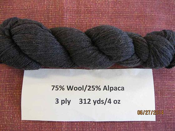 3 ply CVM Romeldale/Alpaca (75/25), 312 yds/4 oz