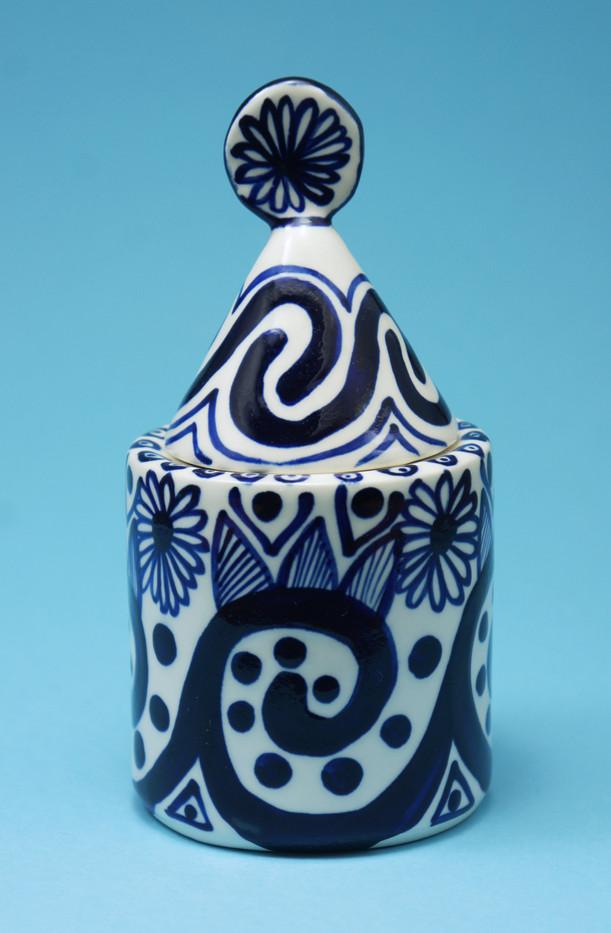 blue sugarpot