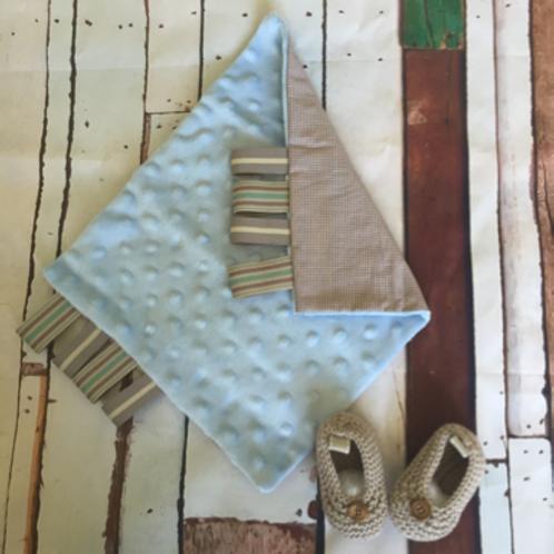 Gift set of 1 sense cloth & beige newborn booties