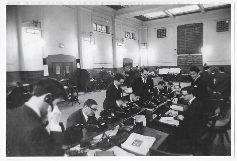 The Stock Exchange Floor 22 January 1968