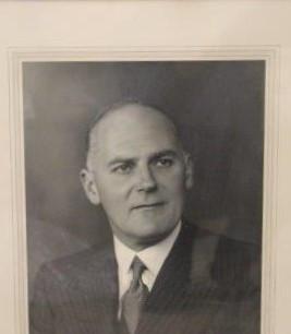 1940 1945-48 1951-52 K Milliken Smith