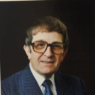 1985-1986 P Hobday