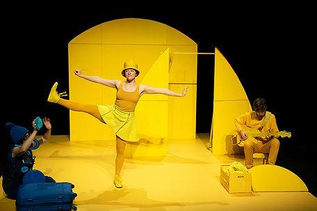 Yellow_Geel_05_©Willem_Schalekamp_-_Cop