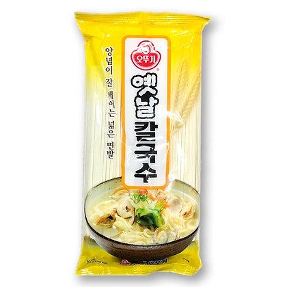 Ottogi Kalguksu Wheat Noodle, Korean Style 900g