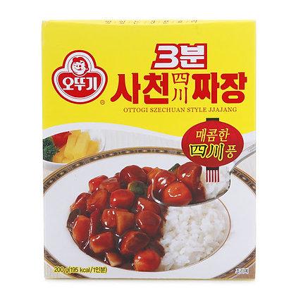 Ottogi 3 Minute Jjajang Hot Black Bean Sauce 200g