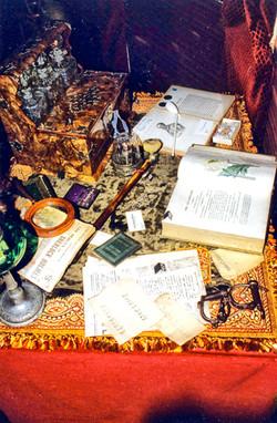 Louvre-Baker-Street-Table1-003.jpg