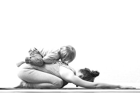 Mother%20and%20Daughter%20Yoga_edited.jpg