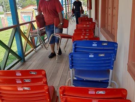 Educação intensifica entregas de materiais e equipamentos para escolas durante suspensão de aulas