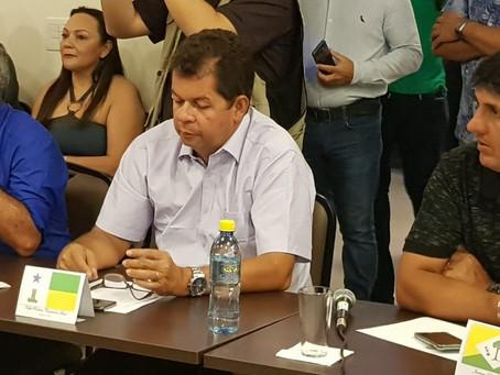 Prefeito Gilson Pessoa vai a Cruzeiro do Sul conhecer o micro revestimento asfáltico com polímero