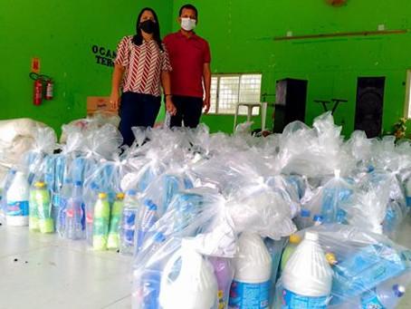 Prefeitura através da secretaria de assistência social entrega kits higiene a idosos do município