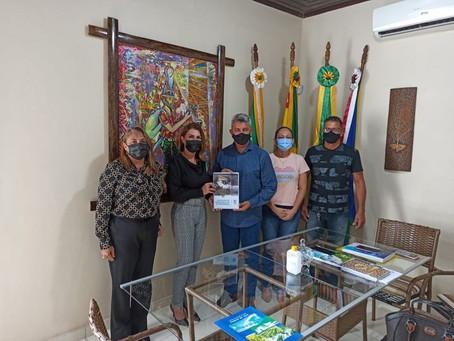 Prefeito Bira recebe visita institucional da Reitora Margarida Aquino da UFAC e sua equipe