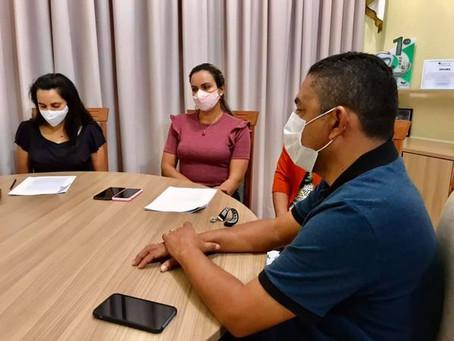 Proposta da secretaria de educação de volta ás aulas é apresentada ao prefeito César Andrade