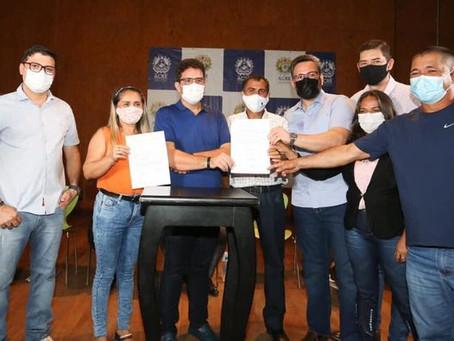 Parceria: Governo assina ordens de serviço para beneficiar Porto Acre e mais 6 municípios