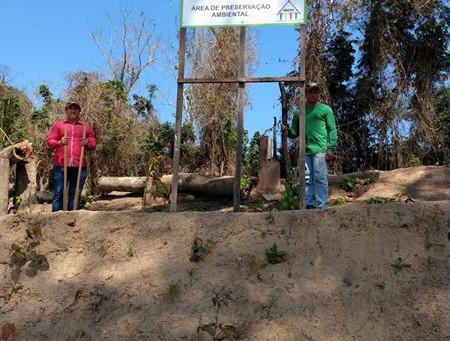 Prefeitura inicia Recomposição de mata ciliar da área situada à confluência dos Rios Acre e Xapuri