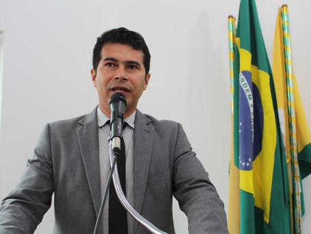 Líder do Prefeito na Câmara, vereador pastor Uchoa diz que prefeito não tem parado de trabalhar