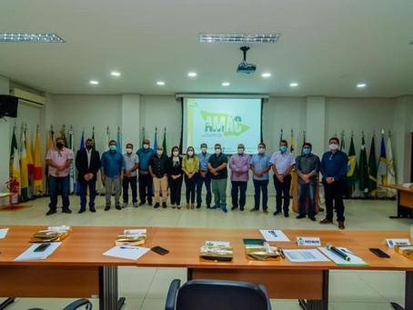 Bené Damasceno prestigia última assembleia geral dos Prefeitos (2017-2020) na AMAC
