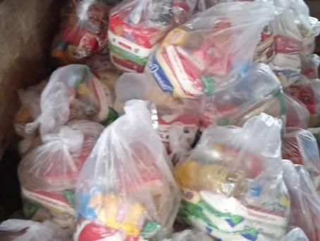 Prefeitura destina 200 cestas básicas para famílias   ribeirinha do rio Iaco
