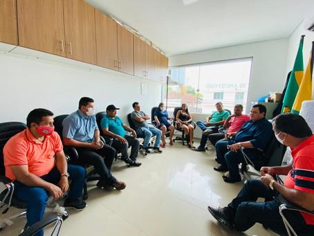 Vereadores se reúnem para planejar as primeiras ações de trabalho, em Tarauacá