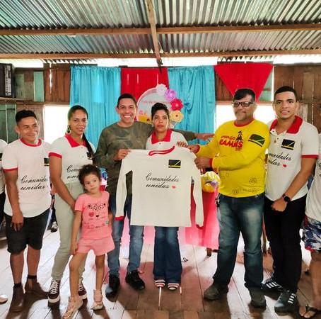Prefeito e vice, comemoram o dia das Crianças em comunidade rural de Assis Brasil