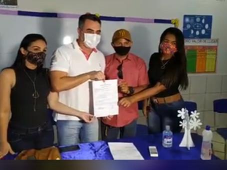 Prefeito André Maia assina ordem de serviço para ampliação da Escola Fenelon Manoel
