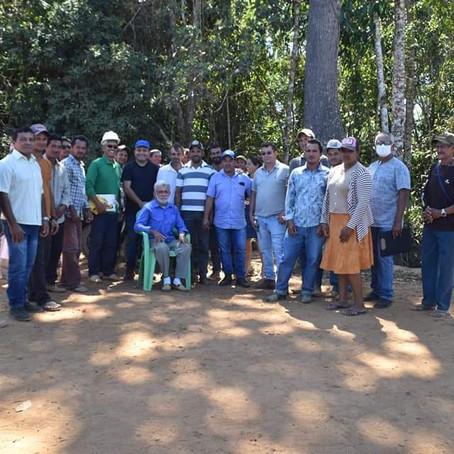 Prefeitura de Brasiléia realiza melhoria de ramal Pega Fogo km 19 e firma parceria para melhoria