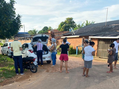 Bairro Democracia recebe sopão solidário dos vereadores do município