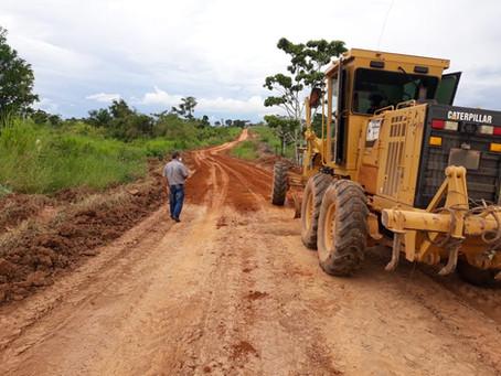 Prefeitura conclui trabalho de piçarramento no projeto de Assentamento Walter Acer (Valteraço)