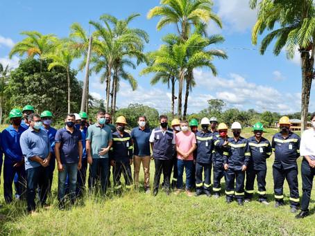 Prefeito Isaac Pyãko participa do lançamento da primeira usina solar em reserva do Juruá