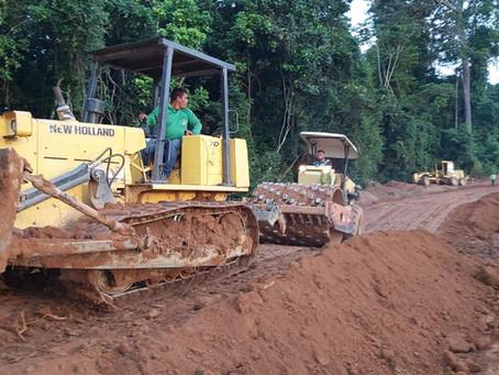Prefeitura de Brasileia inicia os trabalhos no ramal do Km 59