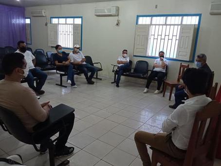 Prefeito reúne com empresários locais do ramo de Farmácia