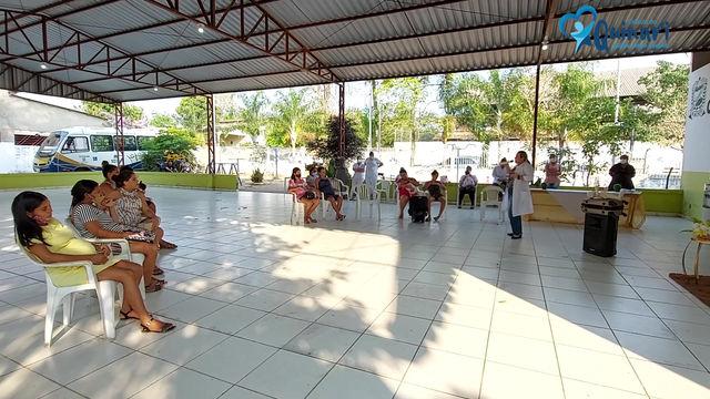 Secretaria de Saúde promove palestras sobre aleitamento materno no município.